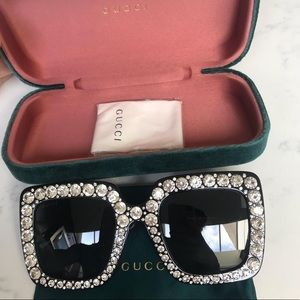 BNIB 💯 Authentic Gucci Sunglasses Rhinestone